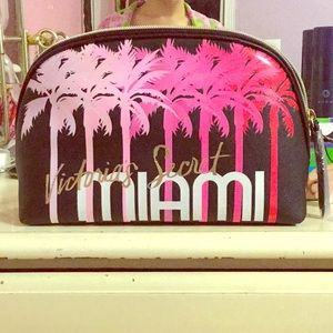 NWT Victoria's Secret MIAMI glam bag